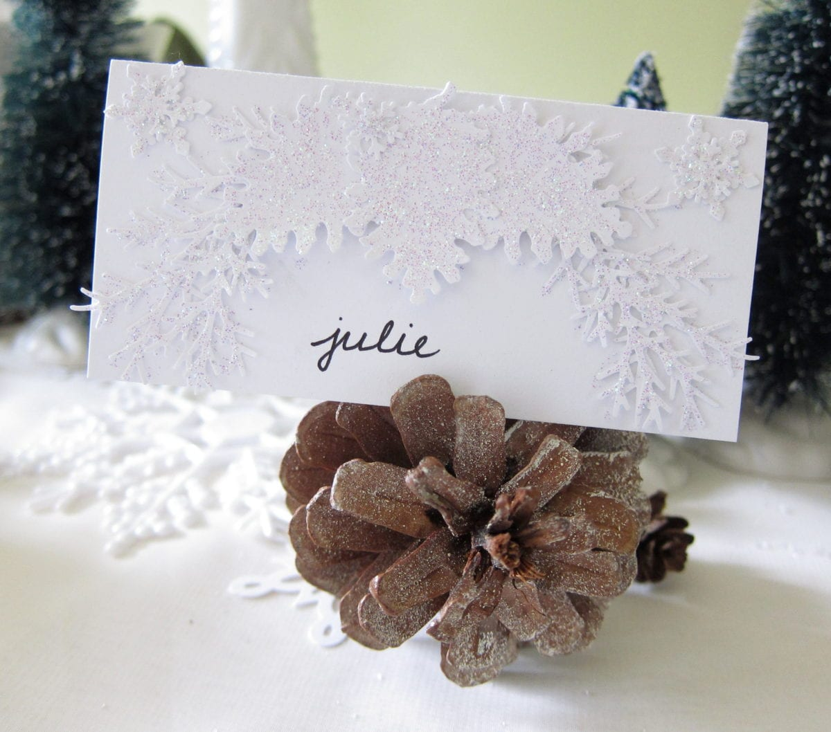 pine_cone_place_card_for_winter_wedding