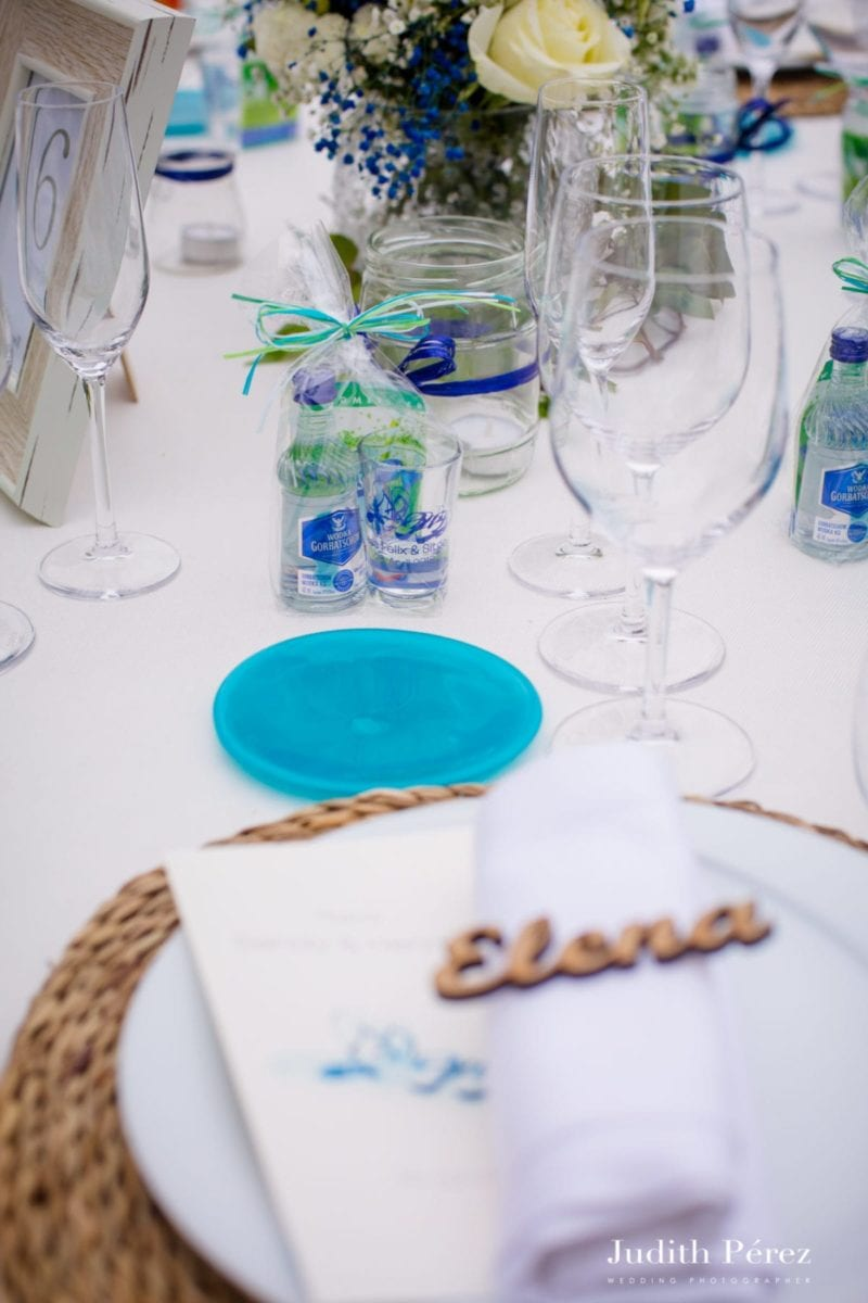 gifts for guests at wedding